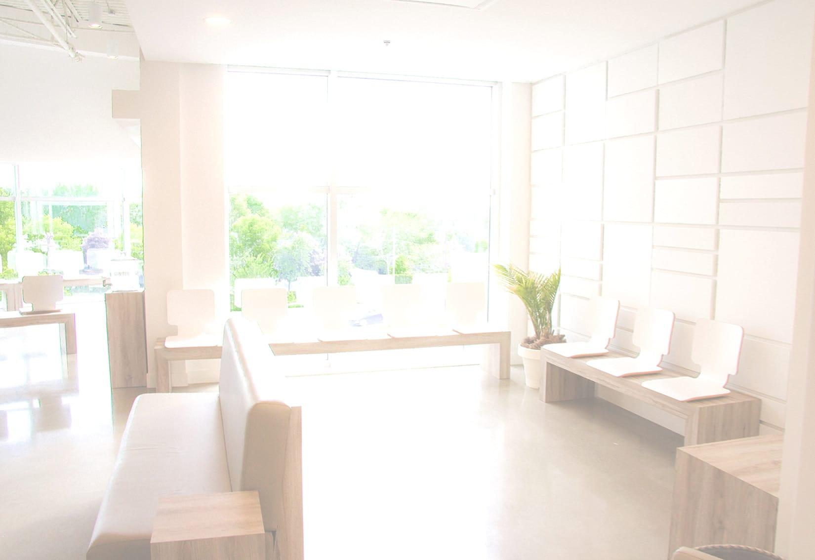 Salle d'attente de la clinique médicale Pure